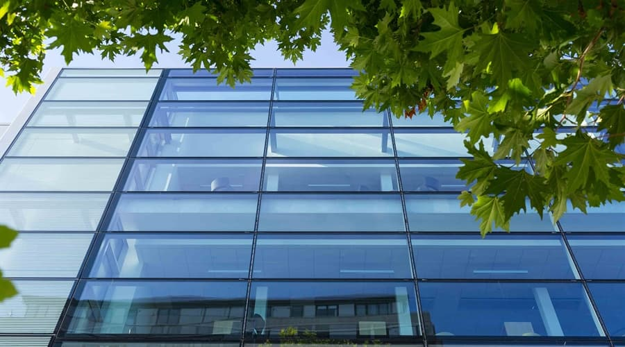 Lynco Ltd: Curtain Walling Contractors