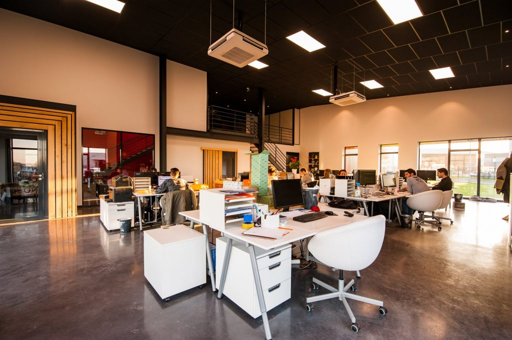 Design Ideas To Revamp Your Office Space This Year